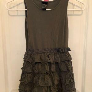 Size 4-6Y sleeveless dress